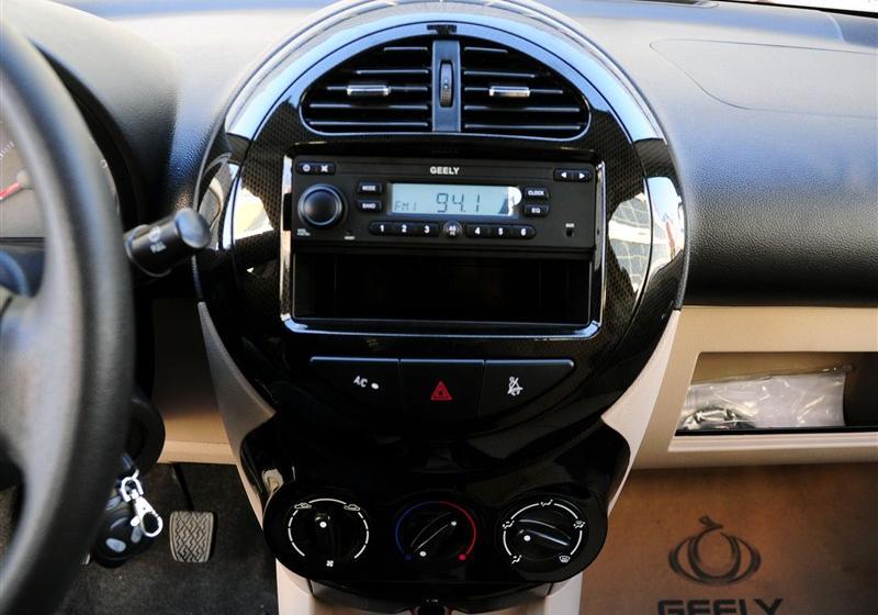 吉利汽车 熊猫 2010款 1.0l 手动舒适型